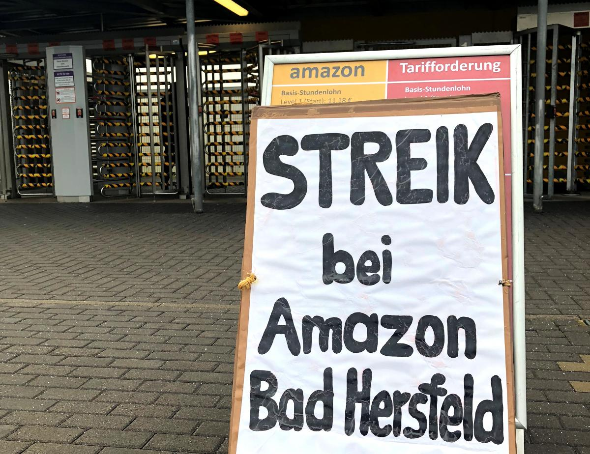 Black Friday In Germany Amazon Workers Stage Strikes On Black Friday In Germany And Spain