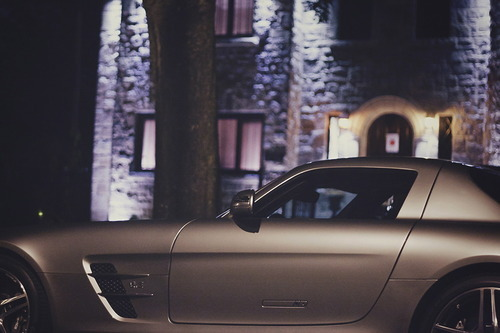 tumblr mi8h5ai2ub1qkegsbo1 500 Random Inspiration 70 | Architecture, Cars, Girls, Style & Gear