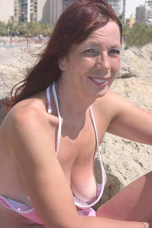 small saggy boob downblouse