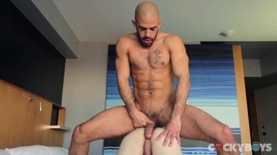 Gay porn stars Austin Wilde and Bravo Delta