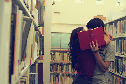 Alone Boy Hd Wallpaper With Quotes Love Photography Couple Cute Kiss Books Library Love