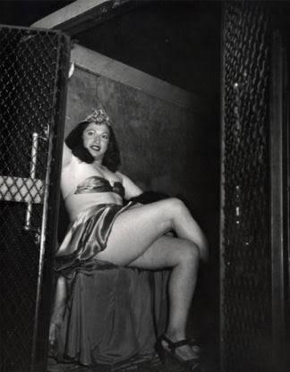 nude transgender men