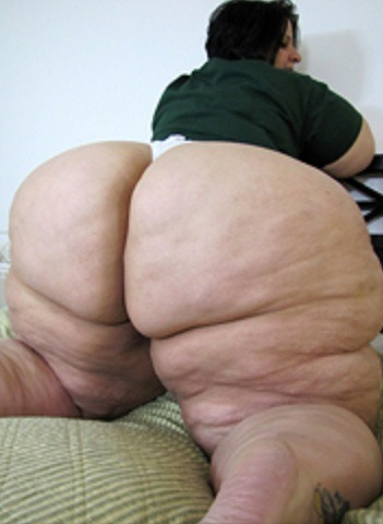 ssbbw pear bottom