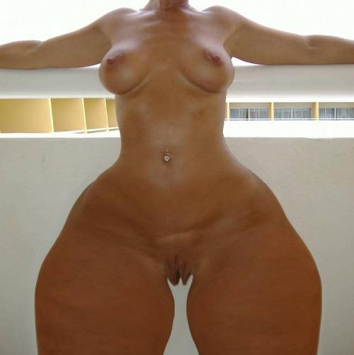 thick thigh brazil girls