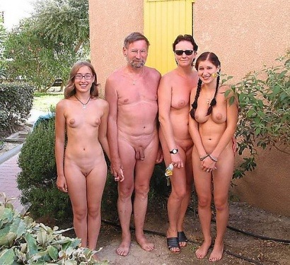 uncensored nude family at home