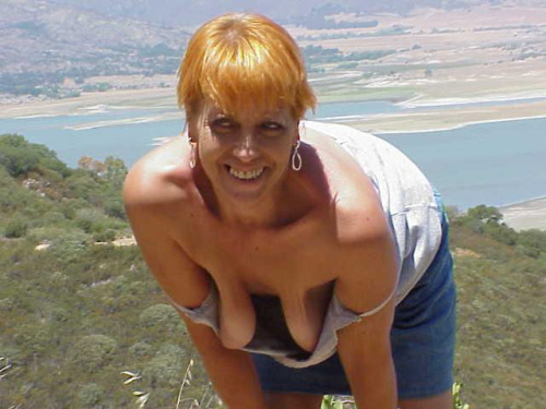braless saggy tits