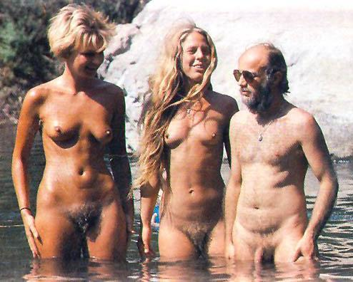 nude family girls