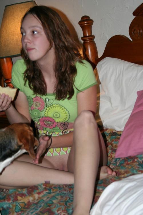 Accidental daughter nudity — img 11