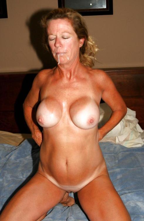 mature big saggy natural tits
