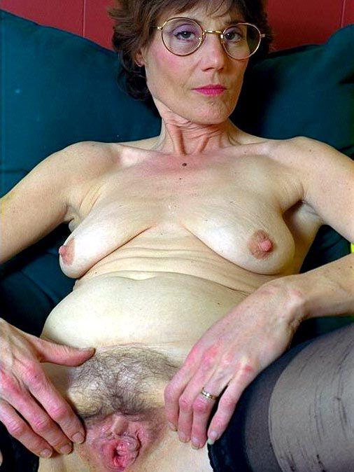 fat girl big saggy tits