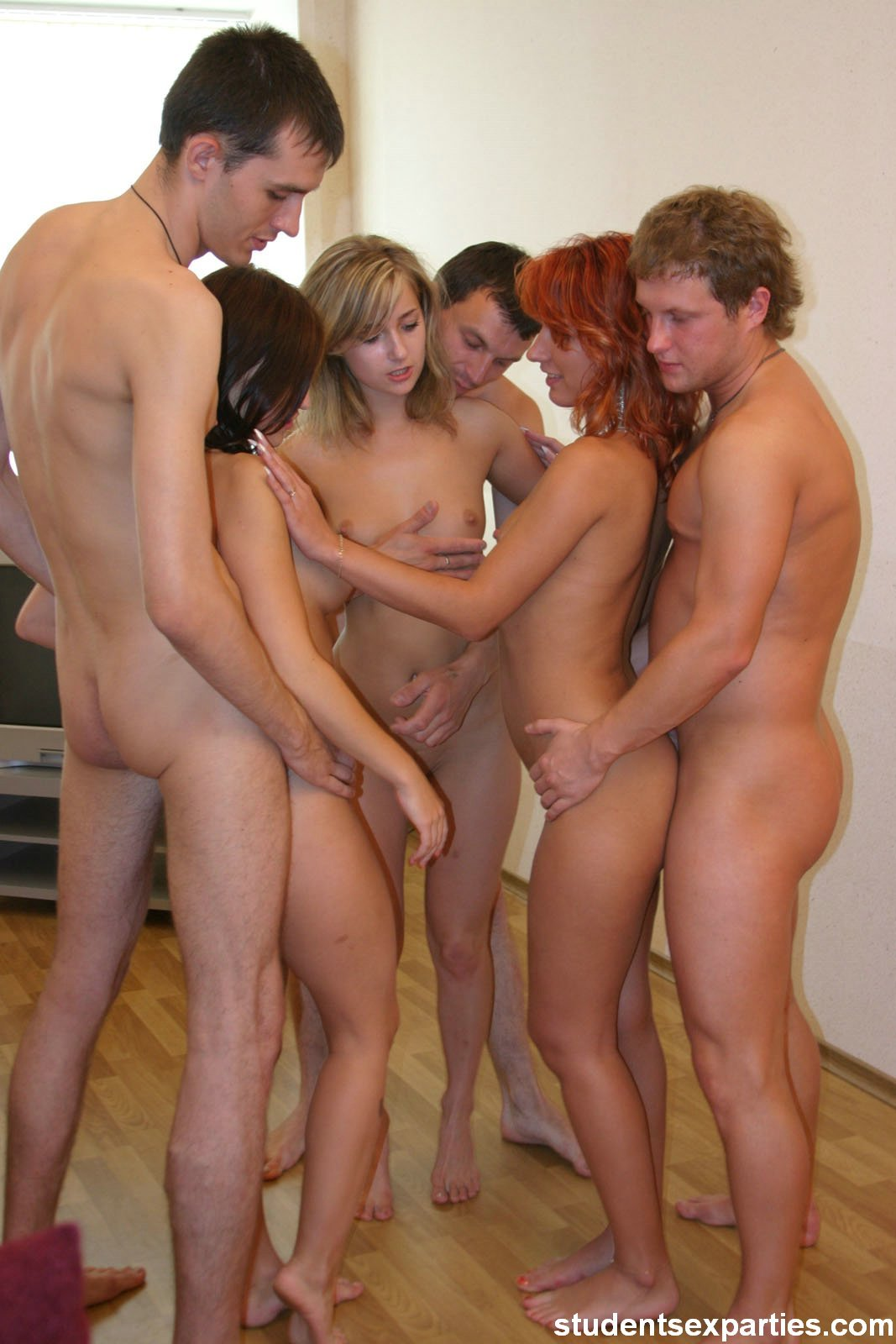 naked amateur in action