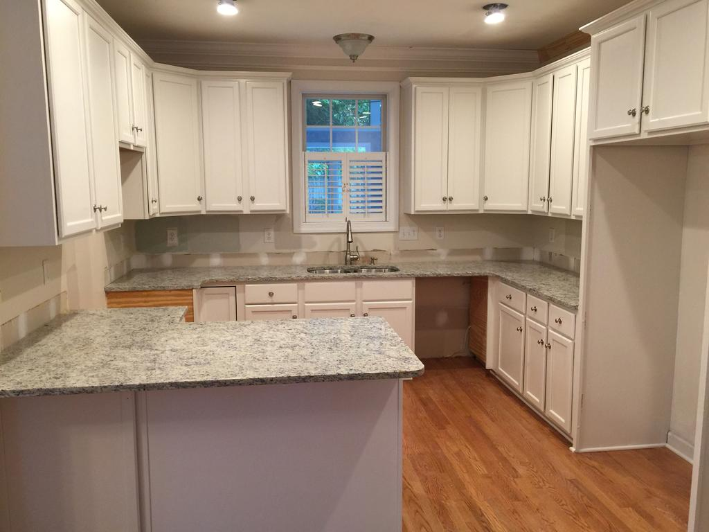 Sherwin Williams Paint Reviews Toque White 2 Day Kitchen Transformation - 2 Cabinet Girls