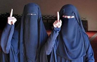 自らIS(イスラム国)入りしたオーストリア17歳と15歳少女の末路