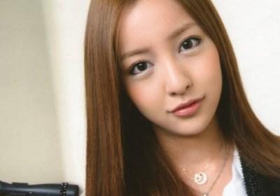 板野友美さんが妹と並んだ結果<画像>板野成美さん姉と初共演