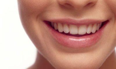歯列矯正早送りGIF画像 歯並びが良くなるまでビフォーアフター映像が凄い