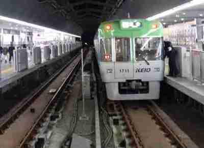 韓国と日本の鉄道ホームドアの差をご覧下さい ⇒ 画像