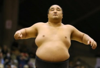 大相撲 取組中に起きた珍事<GIF画像>千代丸vs安美錦