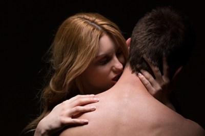 死の接吻 キスマークつけられた17歳少年の末路