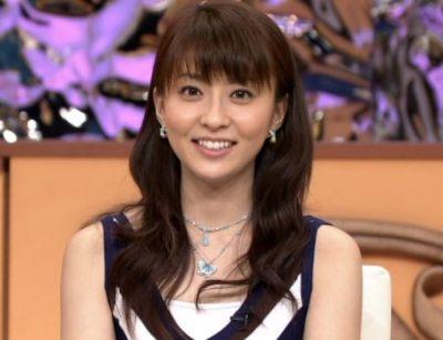 小林麻央さんの余命に触れる病院HPが話題に… 乳がん闘病中の麻央さん子供と外出3ショット公開