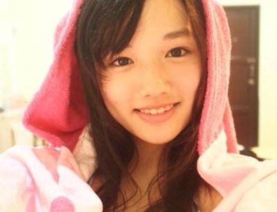 つりビットのオッパイ娘 安藤咲桜(さくら)ちゃんがカワイイと話題 →画像と動画