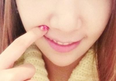 【画像】ざわちんの鼻を隠したら完璧な美少女になったwwwwwwwww
