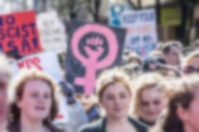女性がフェミニズムに染まった結果 → 画像