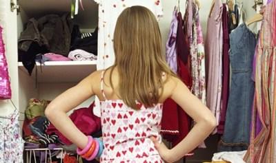 【悲報】ファッション業界とんでもないもん流行らせようとする →画像