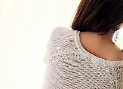 YouTuberが『下着姿』を送ってくる美人女子を呼んで公開処刑 →動画像