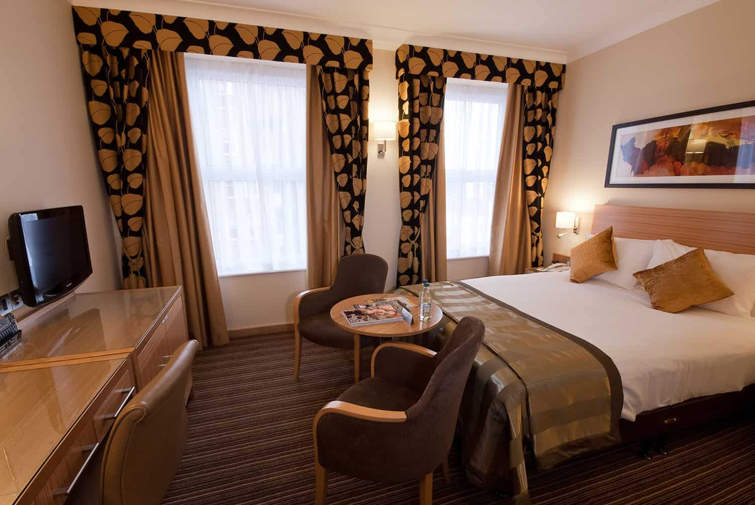 Hotel Bedroom Sizes Uk Executive Rooms The Rembrandt Hotel Knightsbridge London