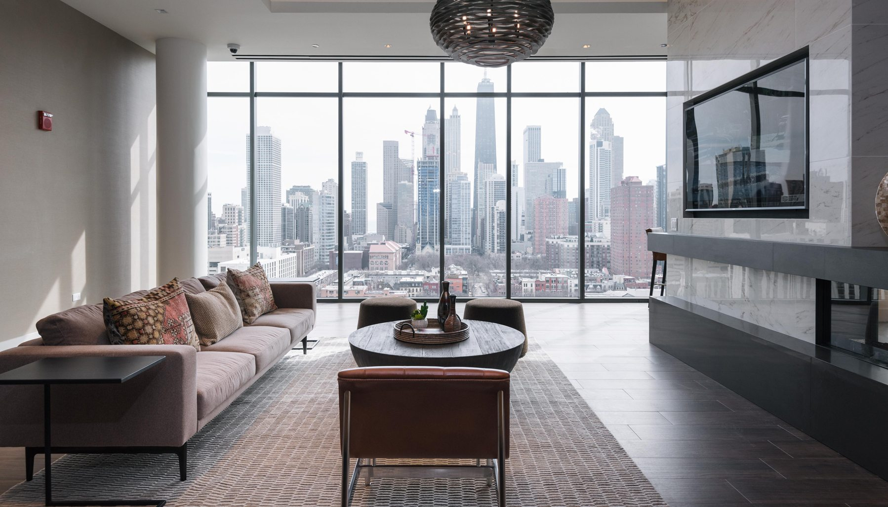 Luxury Apartments For Rent Near Broker Round Table: Niche 905's New Chicago Apartments