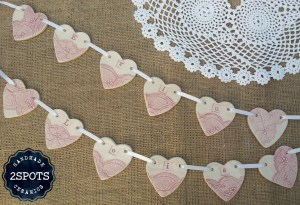 Lace print bunting