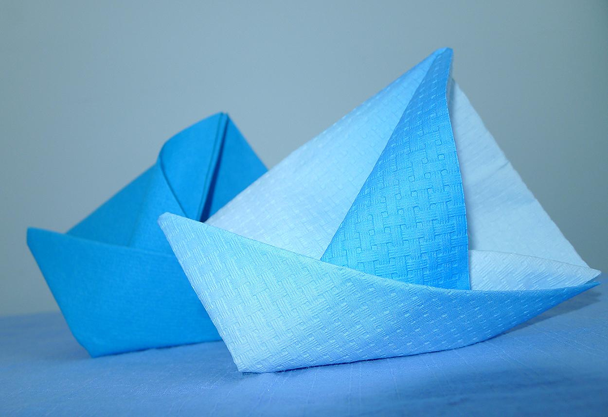 Pliage De Serviette En Forme De Bateau Pliage De Serviette De