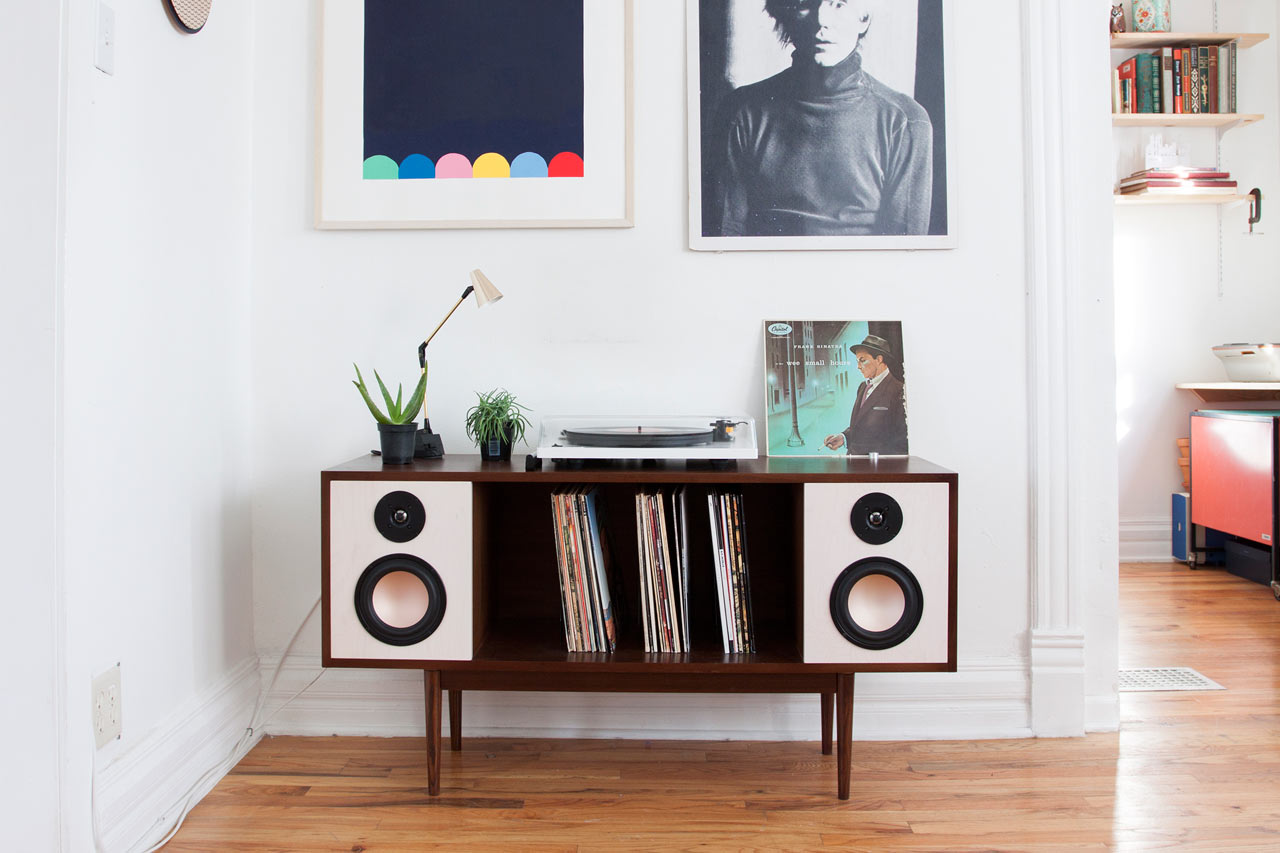 Meuble Chicago Mid-century Hifi Stereo Console For Modern Time - Design Milk