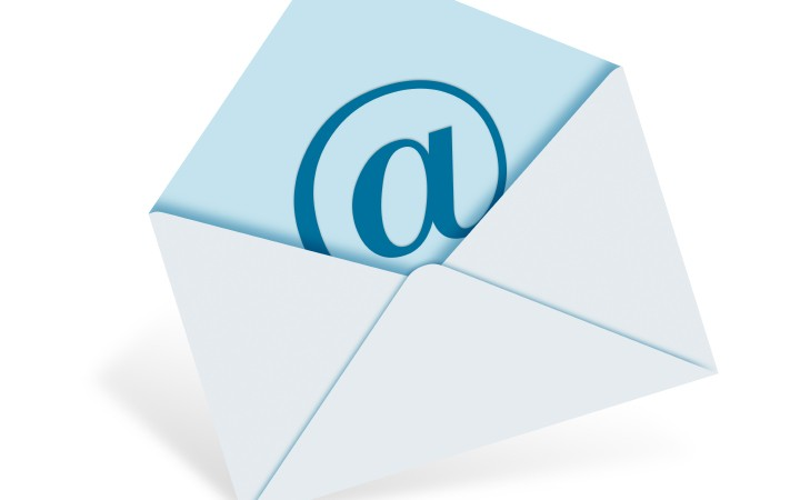 Best Practices for Emailing Hiring Managers Simply Hired Blog - emailing photo