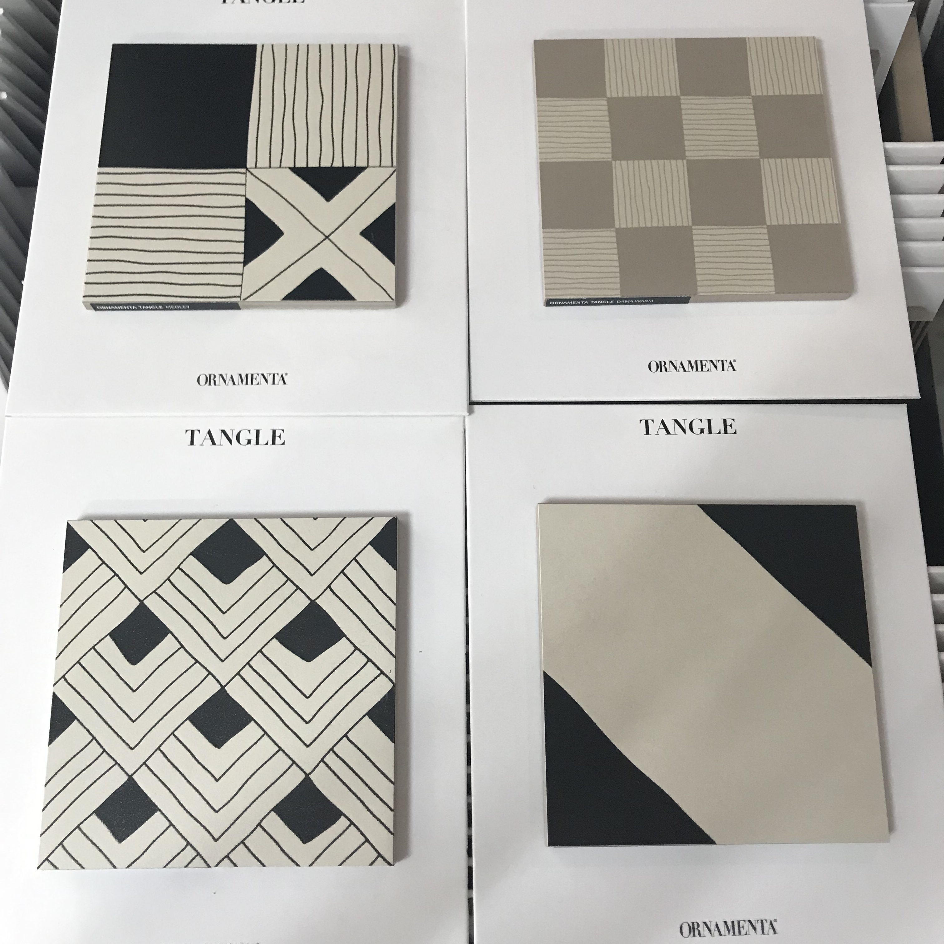 Tuintegels Enter 30s Magazine Picking Out Bathroom Tiles And What Are The 5 Top