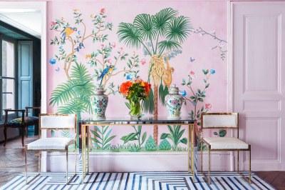 Wow Wallpaper: Aquazzura meets De Gournay – 30s Magazine