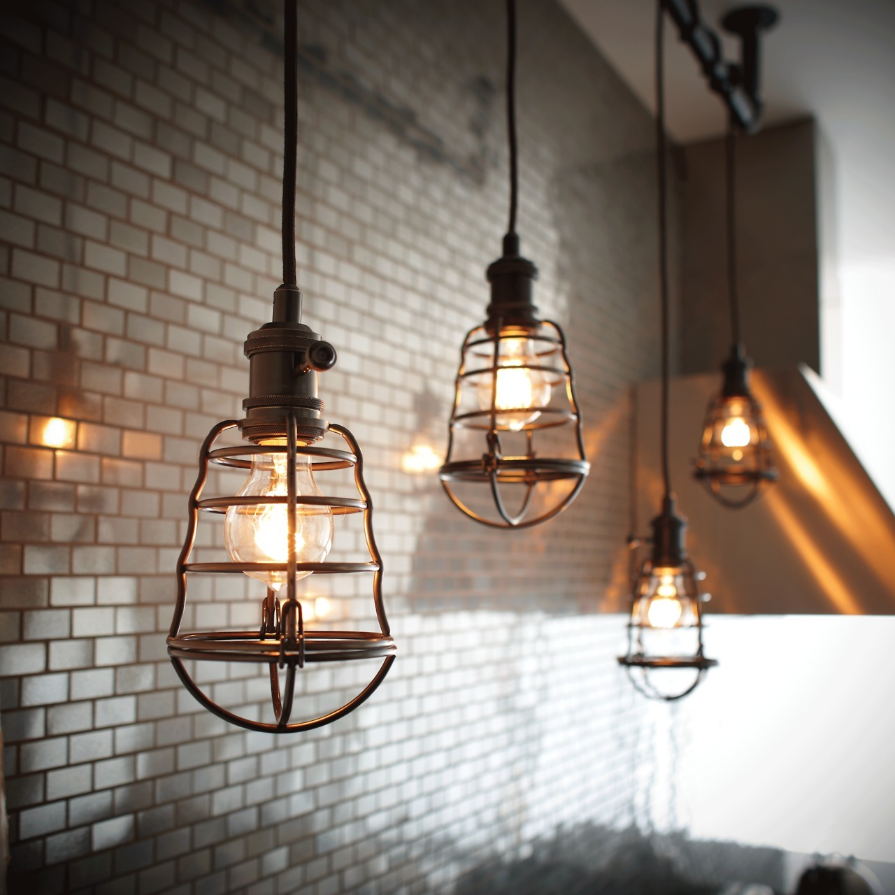 Industrial Chic Lighting Diy Interior Interior Design Interiors Decor Kitchen