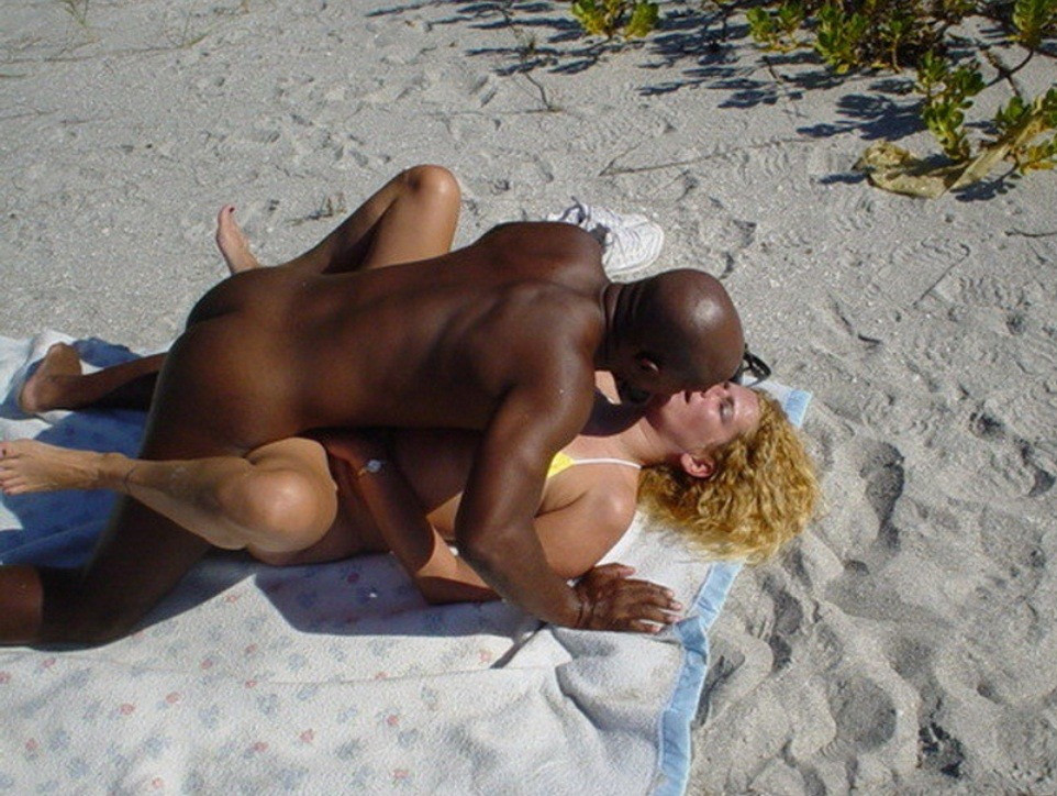 white wife on vacation in jamaica