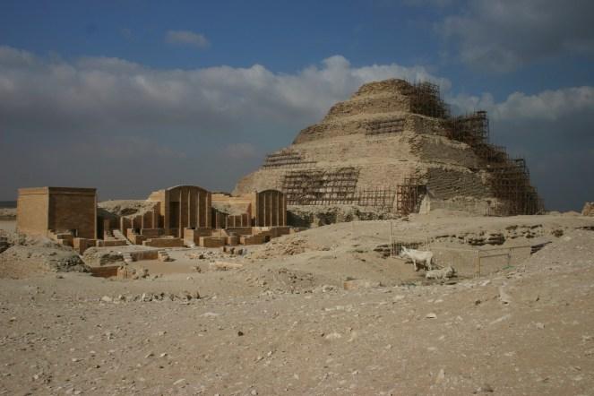 pyramide à degrés de Djéser.