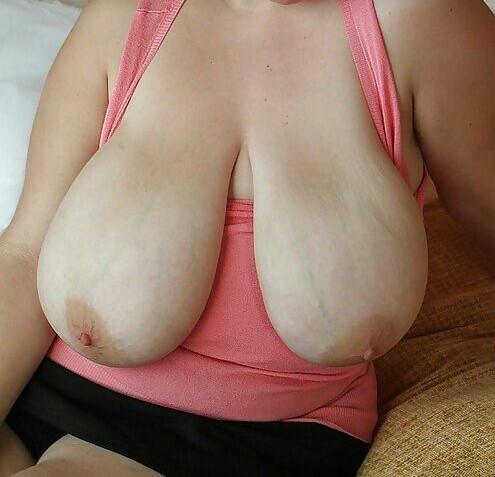 salma hayek tits