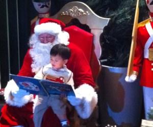 Santa Visits the Arboretum of South Barrington