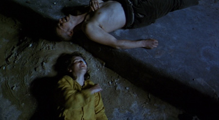 Still from The Lovers on the Bridge (1991)