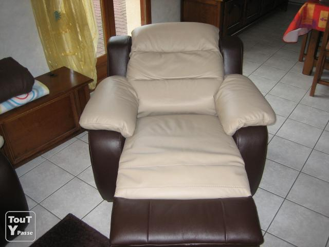 Canape Cuir Center Tissus Cuir Center Canapé+fauteuil Relax Clermont-ferrand 63000