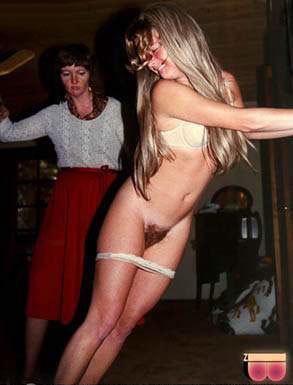 helga spanked by aunt debbie