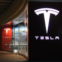 Tesla Motors in Fashion Island, Newport Beach