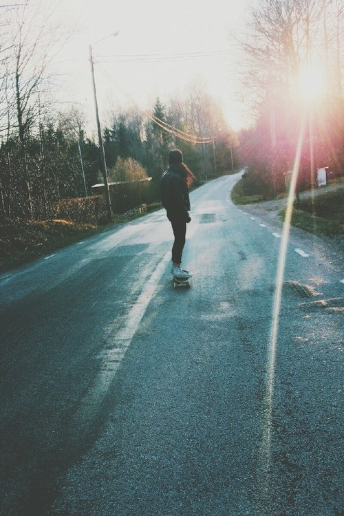 Penny Skateboards Girl Wallpaper Skate Girl Cool Jeans Style Trees Women Grunge Sun Clouds