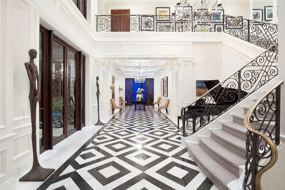 Luxurious Grand Foyers For The Most Elegant Of Homes