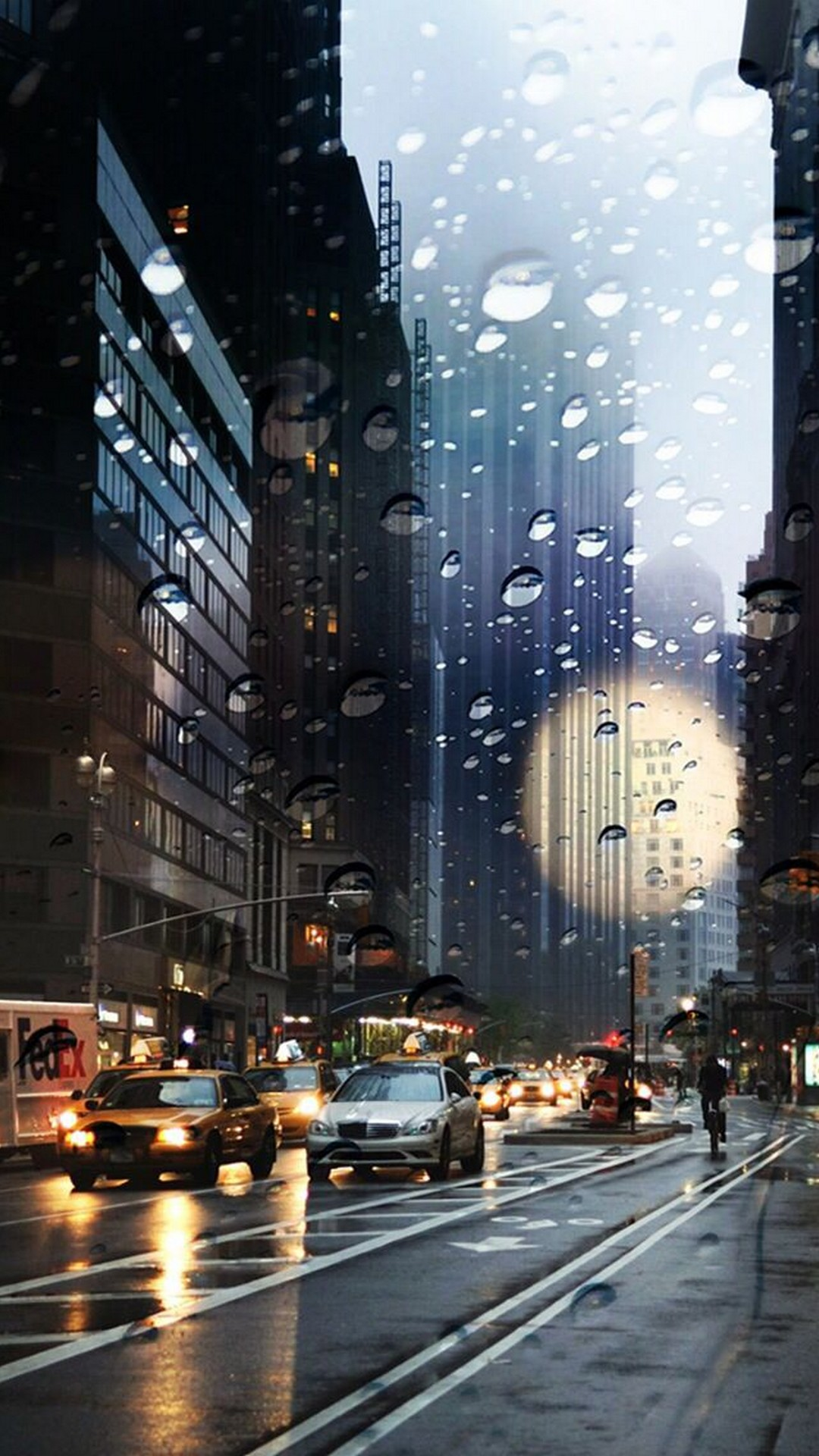 Gloomy Fall Wallpaper City Rain Iphone Wallpaper 2018 Iphone Wallpapers