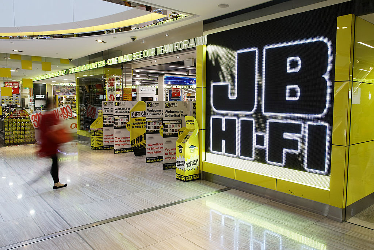 Jb Hi Fi Accelerates Efficiency And Customer Experiences In The Transformation To Cloud Native Warehouse Management Microsoft Australia News Centre