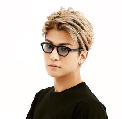 岩田剛典 アップバング 前髪 髪型 2